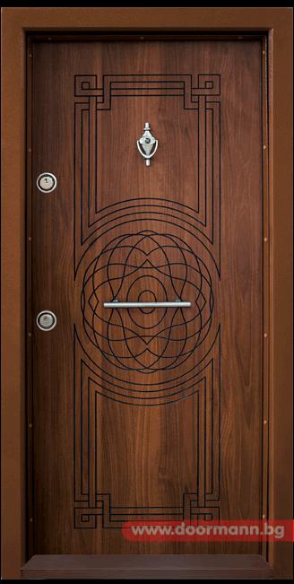 Блиндирана входна врата Т110 - Златен дъб